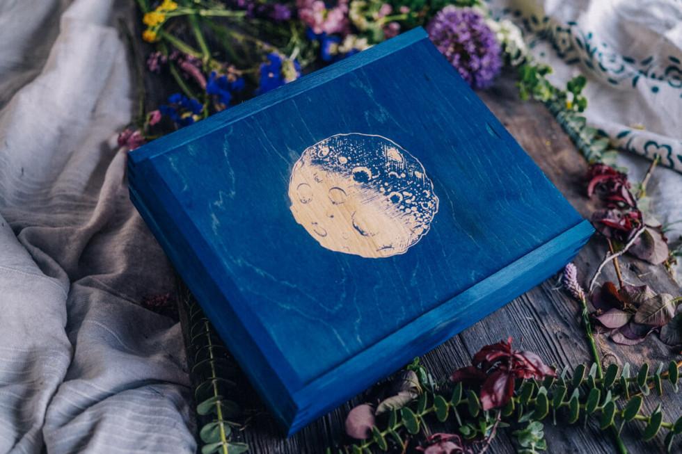 Drewniane pudełka na zdjęcia, czyli jak zamknąć wspomnienia w wyjątkowej…