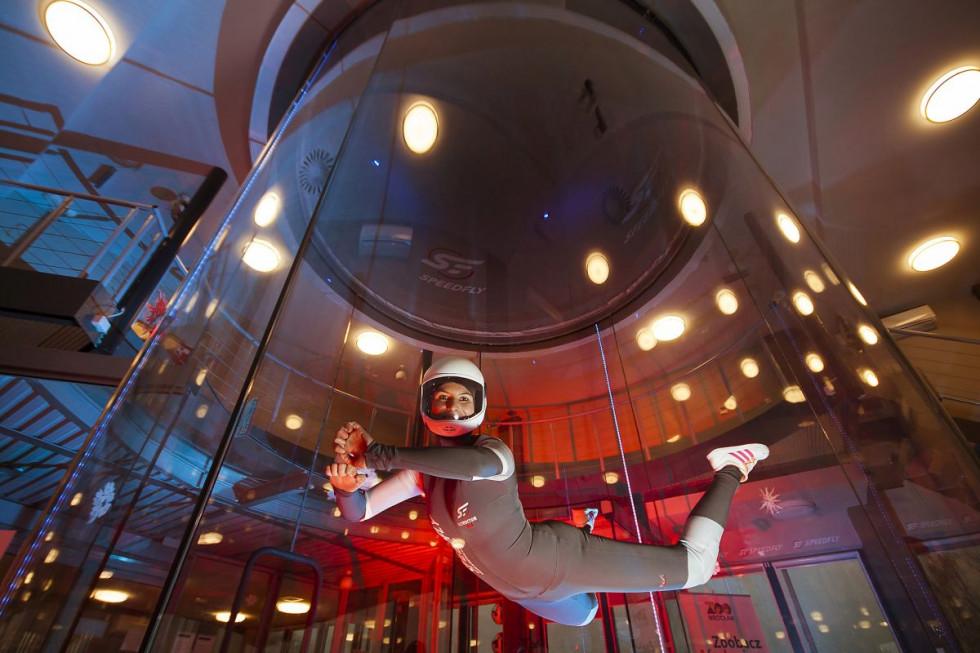 Loty w tunelu aerodynamicznym we Wrocławiu – pomysł na udany prezent pod…
