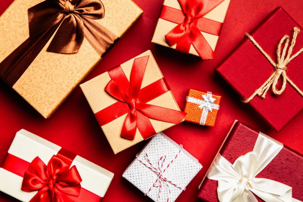 Stylowy prezent pod choinkę? Wybieramy najmodniejsze zegarki Emporio Armani…