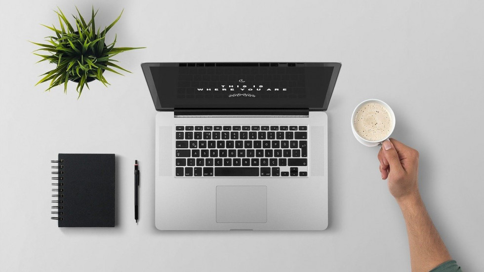 Jak wyposażyć domowe biuro, aby służyło jak najlepiej?