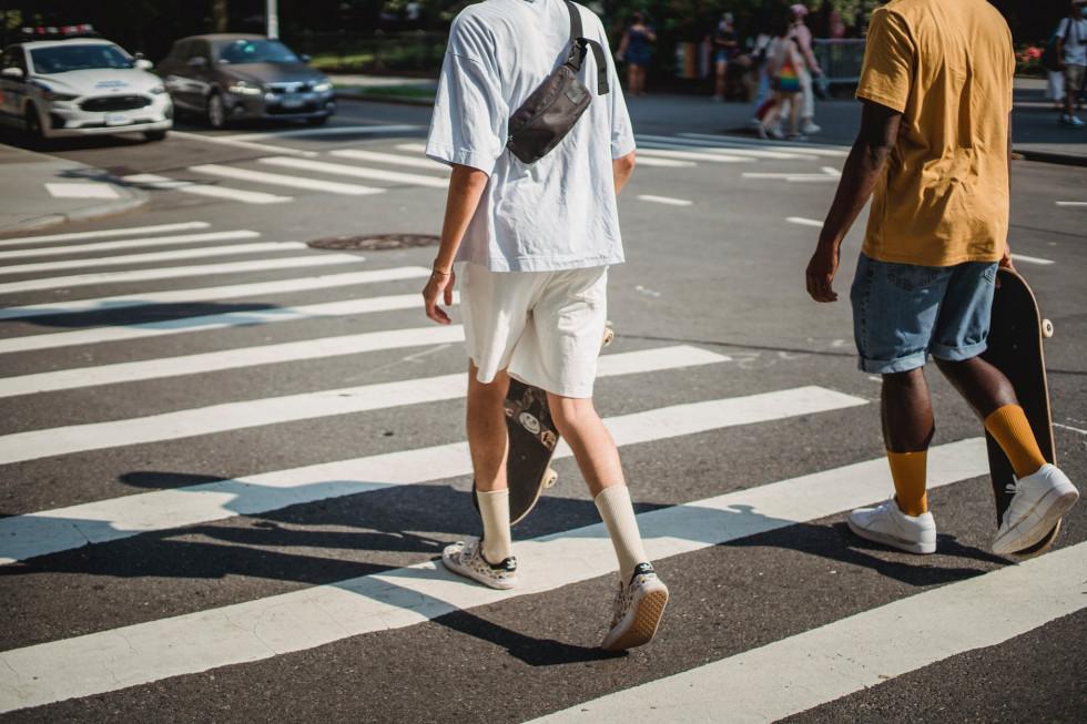 Co będzie modne wiosną 2021 roku? -moda męska online
