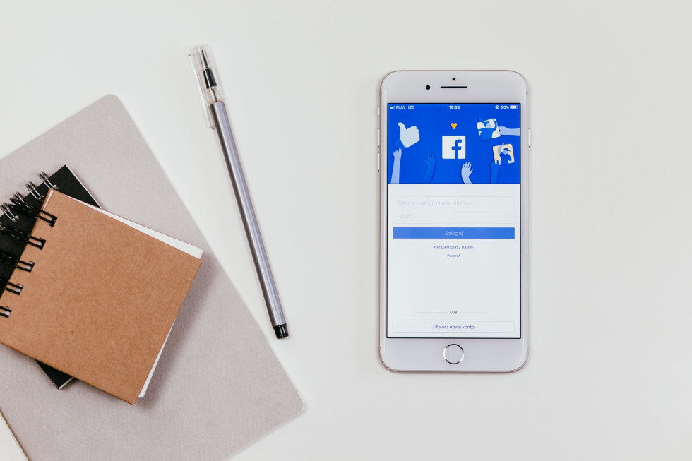 Jak skutecznie zdobyć polubienia strony na FB?