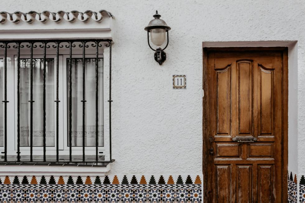 Awaryjne otwieranie mieszkań – do kogo zadzwonić po pomoc?