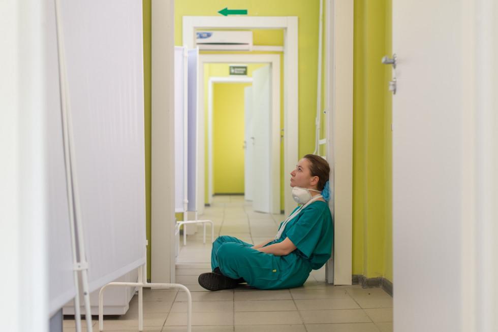 Klapki damskie medyczne – poznaj ich zalety