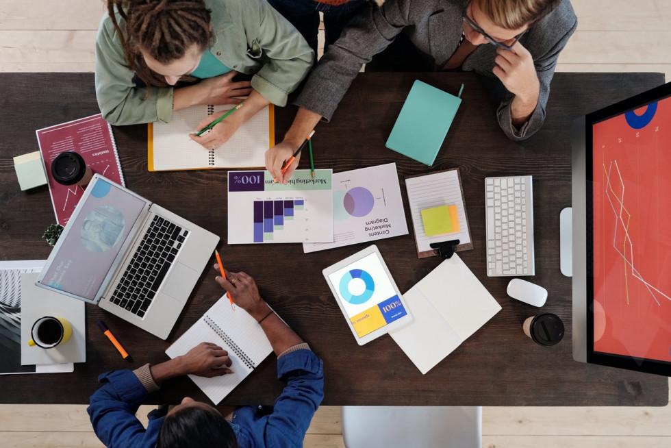 Czy warto skorzystać z pomocy księgowej przy rozliczaniu PIT?