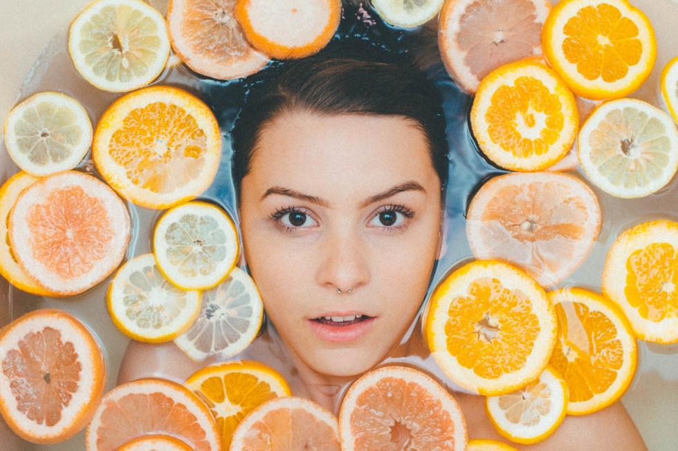 Oczyszczanie twarzy – rutyna której potrzebuje każda skóra
