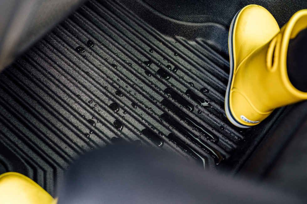 Dlaczego gumowe dywaniki samochodowe to najlepszy wybór?