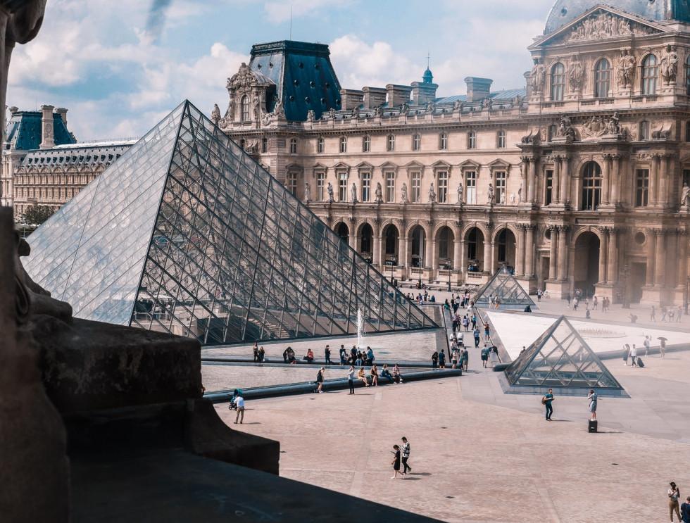 Paczka do Francji - najważniejsze informacje