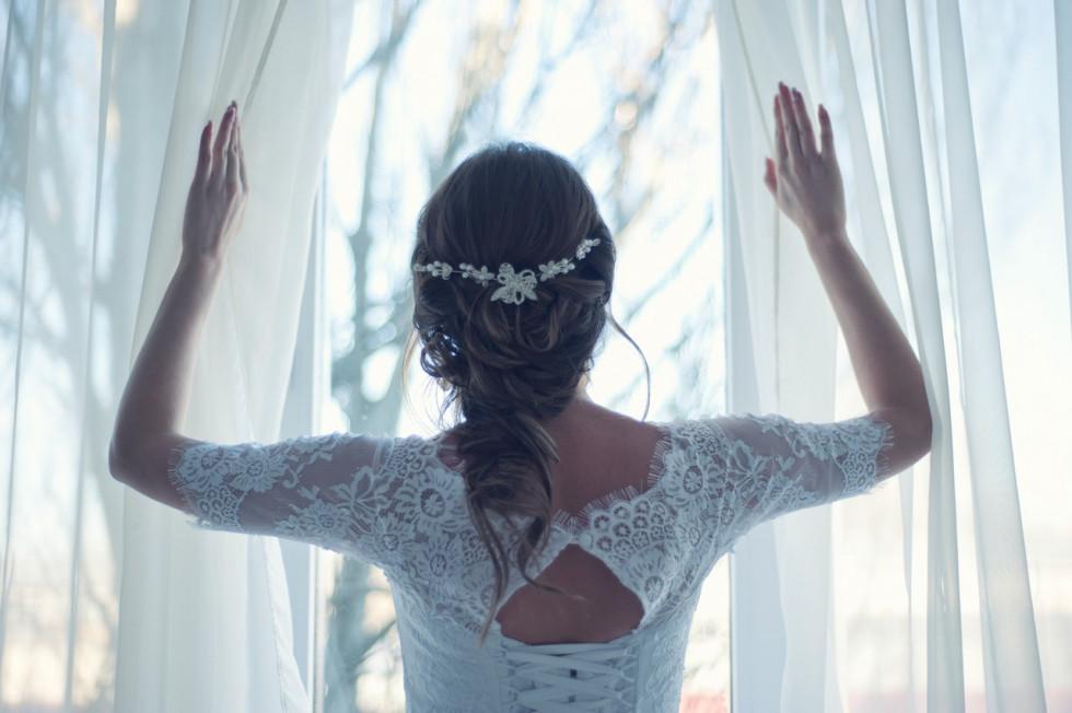 Jak wyglądać szczupło w sukni ślubnej?