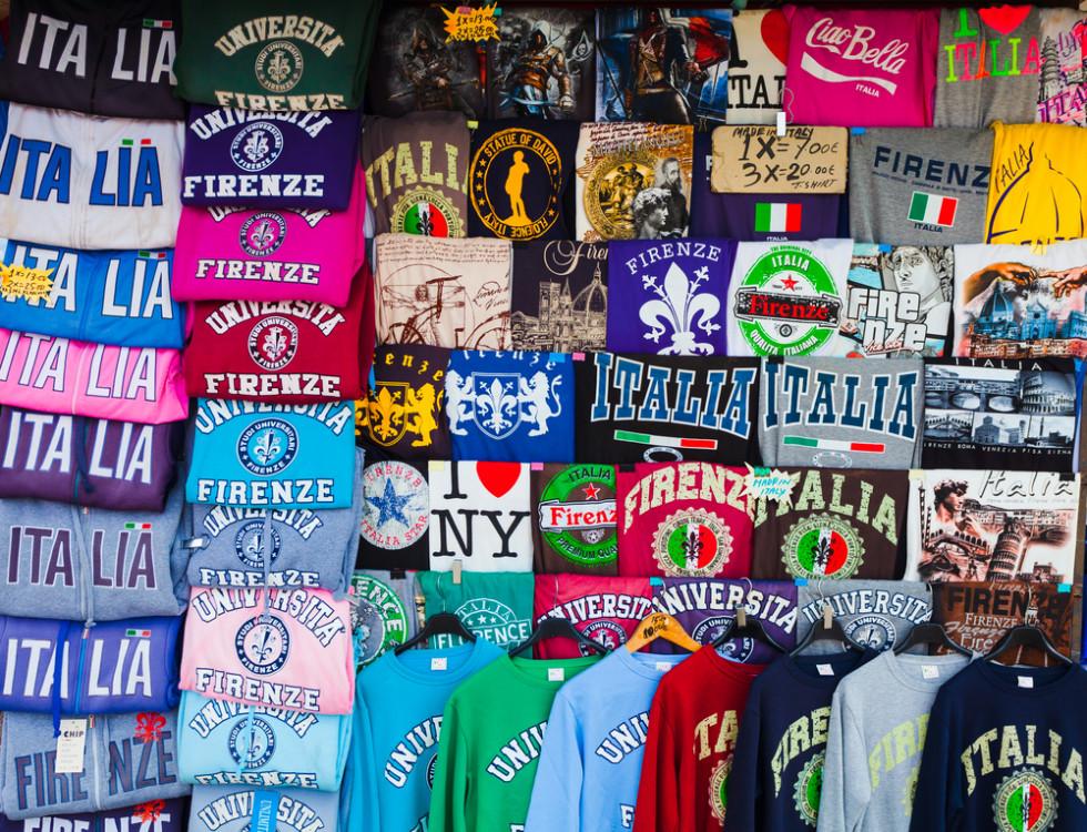 Komu potrzebne są koszulki z nadrukiem