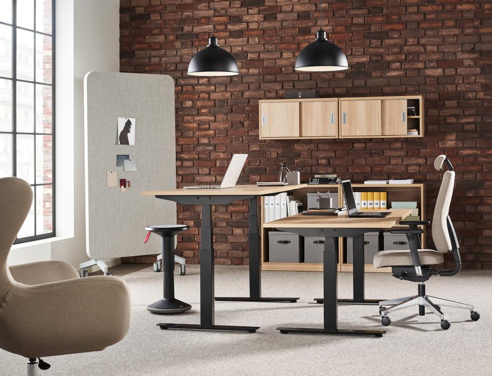 Czy fotel do biurka może poprawić naszą postawę?