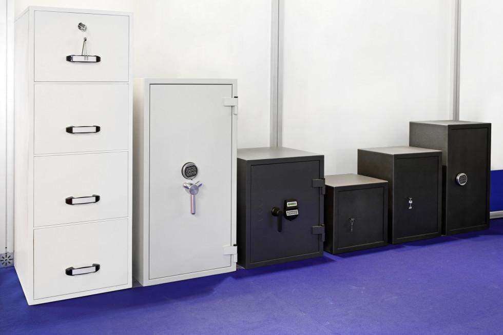 Półki do regału metalowego - dodatkowe ale istotne wyposażenie biurowe…